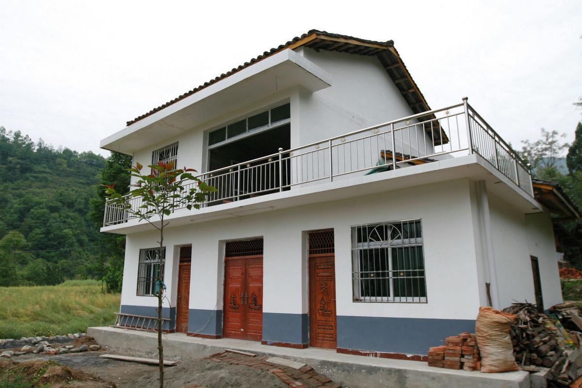農村自建房客廳瓷磚